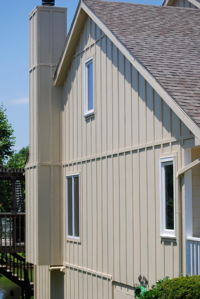 S r munson construction inc exterior siding for Vertical wood siding options